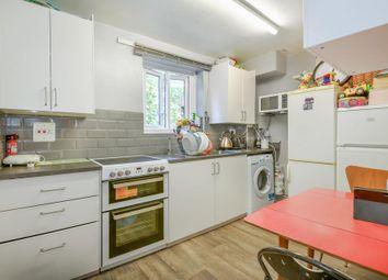 Langdale Close, London SE17. 1 bed flat
