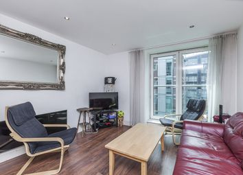 Thumbnail 3 bed flat to rent in Albert Embankment, London