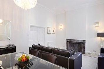 Thumbnail 4 bed flat to rent in Somerset Court, 79-81 Lexham Gardens, Kensington, London
