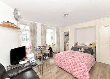 Thumbnail Studio to rent in Marble Arch Apartments, 11 Harrowby Street, London