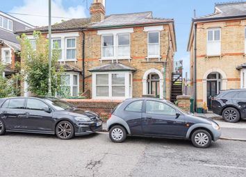 Gresham Road, Staines-Upon-Thames TW18. 2 bed maisonette for sale