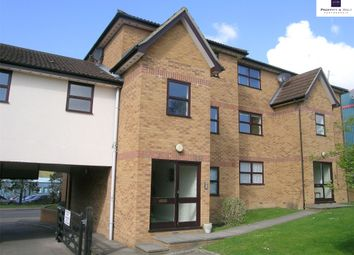Thumbnail 1 bed flat to rent in Station Road, Kings Langley