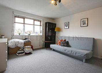Thumbnail 2 bed property to rent in Linwood Crescent, Enfield