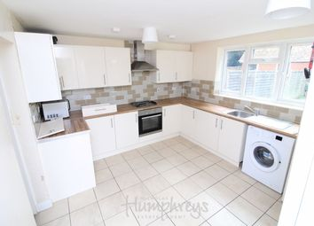 Thumbnail Room to rent in Reading Road, Winnersh