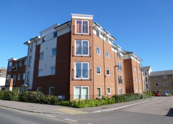 2 bed flat to rent in Mistral Court, Bakers Close, St Albans AL1