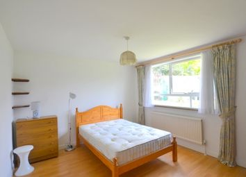 Thumbnail 1 bed flat to rent in High Mount, Station Road, Hendon, London