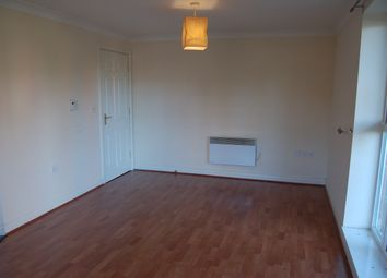 2 bed flat to rent in Palgrave Road, Bedford MK42
