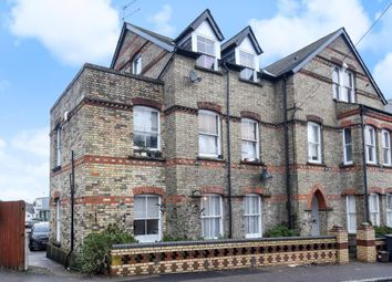 Thumbnail 2 bedroom flat to rent in Park Road, High Barnet
