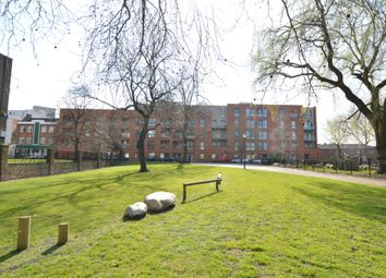 1 bed flat to rent in Marlow Court, Mcmillan Street, Greenwich SE8