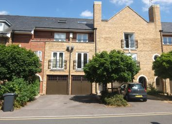 Thumbnail 4 bed town house to rent in Iliffe Close, Reading