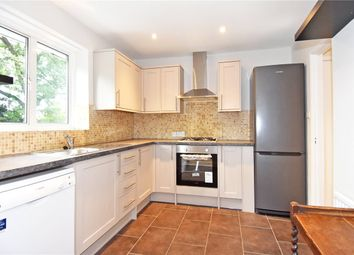 2 bed maisonette to rent in Kelvedon Close, Kingston Upon Thames KT2