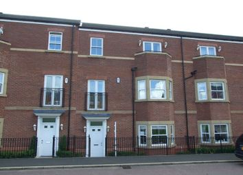 Thumbnail 4 bed town house to rent in Featherstone Grove, Gosforth, Newcastle Upon Tyne