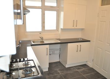 3 bed maisonette to rent in Maddam Street, London E3