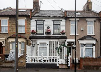 Thumbnail 3 bedroom property to rent in Gloucester Road, Walthamstow, London