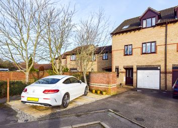Thumbnail 4 bed town house to rent in Fircroft, Bicester