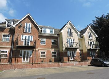 Thumbnail 2 bed flat for sale in York House, The Avenue, Fareham