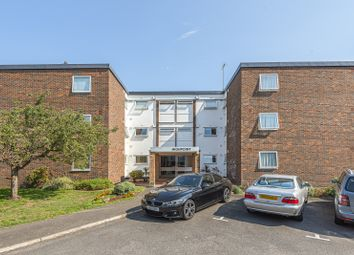 3 bed flat for sale in High Point, Weybridge KT13