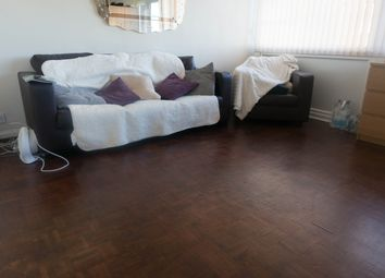 Thumbnail 1 bed flat to rent in Highfield Road, Golders Green, London
