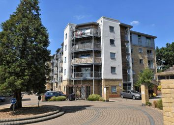 Thumbnail 2 bedroom flat for sale in Calloway House, Farnborough