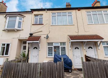 Thumbnail 1 bedroom flat for sale in Lonsdale Road, Southend-On-Sea