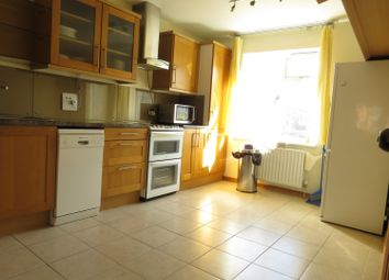 Thumbnail 2 bed flat to rent in Granville Close, Croydon