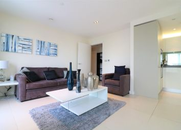 Thumbnail 1 bed flat to rent in Bezier Apartments, 91 City Road, Old Street, Shoreditch EC1Y, London