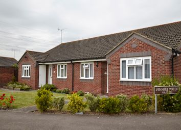 Thumbnail 1 bed bungalow for sale in Didcot, Ocfordshire