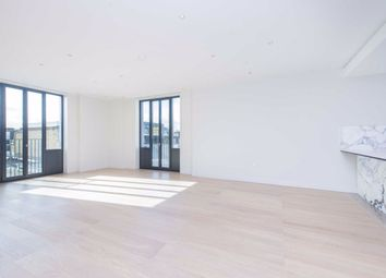 Thumbnail 4 bedroom flat to rent in Floral Street, London