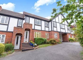 3 bed flat to rent in Arlington Lodge, Monument Hill, Weybridge KT13