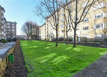 Thumbnail 3 bedroom flat for sale in Streatham Court, London
