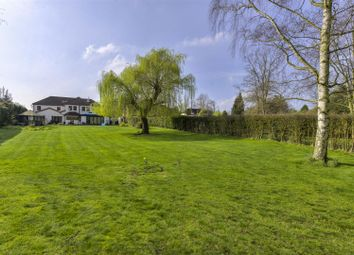 Thumbnail 6 bed detached house for sale in Common Lane, Hemingford Abbots, Cambridgeshire