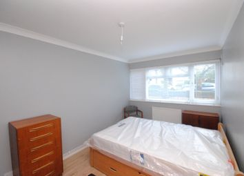 Thumbnail 2 bed flat to rent in Wickham Road, Brockley, London