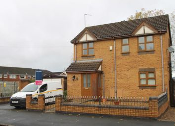 Thumbnail 3 bed detached house to rent in Sunbury Road, Halesowen, West Midlands