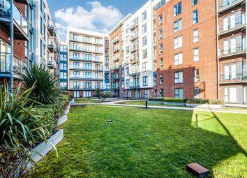 Thumbnail 2 bedroom flat to rent in Midland Road, Hemel Hempstead