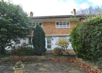 Thumbnail 2 bedroom flat for sale in Leavesden Road, Weybridge