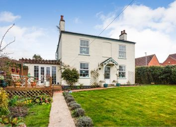 Thumbnail 4 bed detached house for sale in Grimsby Road, Caistor, Market Rasen