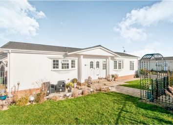 2 bed mobile/park home for sale in Oak Tree Lane, Eastbourne BN23