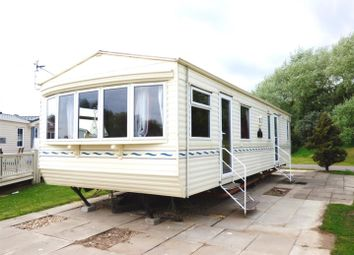 Thumbnail 2 bed mobile/park home for sale in South View Leisure Park, Burgh Road, Skegness