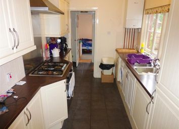 Thumbnail 3 bed flat to rent in Dartmouth Road, Paignton
