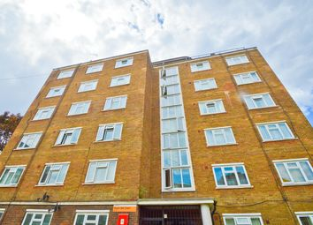 Thumbnail 2 bedroom flat to rent in Royal Oak Court, Hoxton