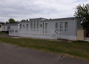 2 bed mobile/park home for sale in Clacton On Sea, Clacton On Sea CO16