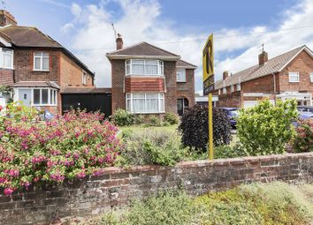 Thumbnail 4 bedroom detached house for sale in Sompting Road, Broadwater, Worthing