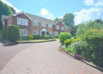 Thorpe Lodge, Parkstone Avenue, Emerson Park, Hornchurch RM11. 2 bed flat