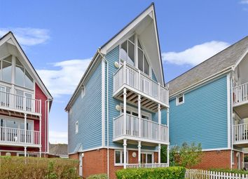Thumbnail 4 bedroom town house to rent in Lake Walk, Larkfield, Aylesford
