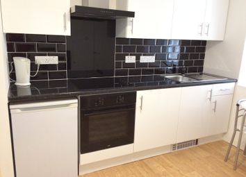 Thumbnail 1 bedroom flat to rent in The Cross, Cupar