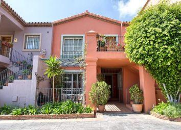 Thumbnail 3 bed apartment for sale in Benahavis, Benahavis, Spain