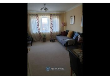 2 bed flat to rent in Steeple View, Basildon SS15