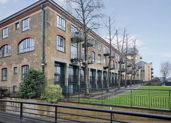 1 bed flat for sale in Burrells Wharf Square, London E14
