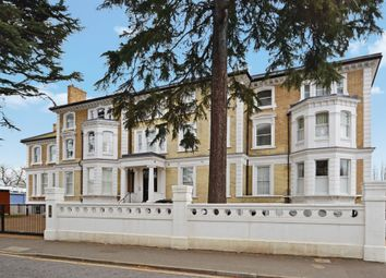Thumbnail 1 bed flat to rent in Langley Road, Surbiton