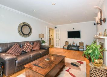 Holm Grove, Hillingdon, Uxbridge UB10. 4 bed detached house to rent